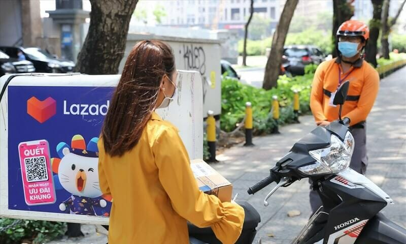 Lazada giao hàng mua dịch